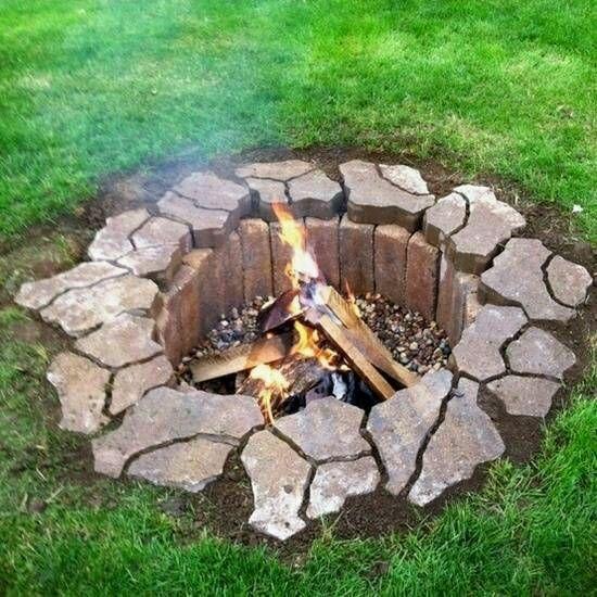 BEST DIY BACKYARD FIRE PIT IDEAS